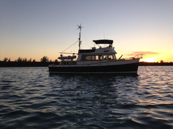 The best looking Grand Banks 42 we found online.