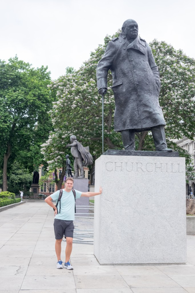 A trip to London isn't complete without a picture of Churchill - for me at least.
